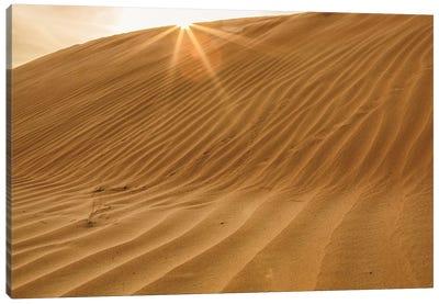 Sunset with Sunburst. Desert with sand. Abu Dhabi, United Arab Emirates. Canvas Art Print