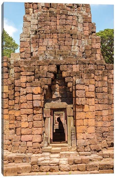 Thailand. Phimai Historical Park. Ruins of ancient Khmer temple complex. Buddha statue. Canvas Art Print