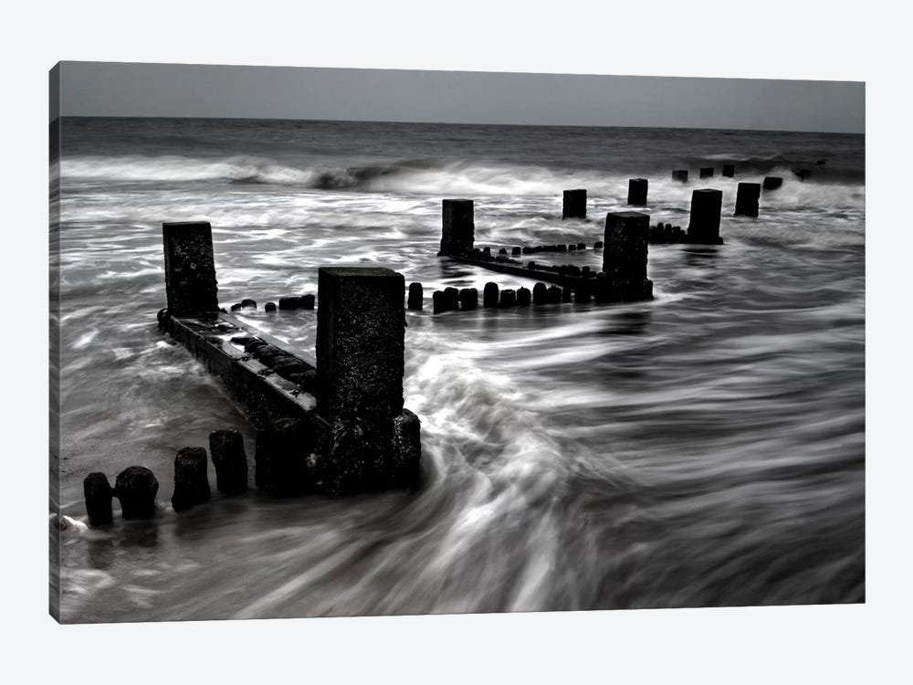 B&W Seascape VI by Tom Quartermaine 1-piece Canvas Wall Art