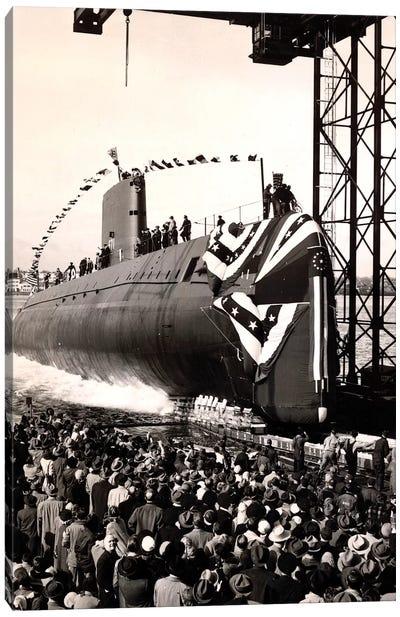 USS Nautilus Slips Into The Thames River Canvas Art Print