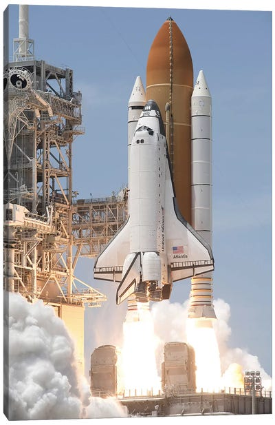 Space Shuttle Atlantis Lifts Off From Its Launch Pad At Kennedy Space Center, Florida V Canvas Art Print