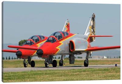 Pair Of Spanish Air Force C-101s Of The Patrulla Aguila Aerobatics Team Canvas Art Print