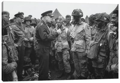 General Dwight D. Eisenhower Talking With Soldiers Of The 101st Airborne Division Canvas Art Print