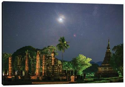 A Nova In Sagittarius Above The Ancient Wat Mahathat In Sukothai, Thailand. Canvas Art Print
