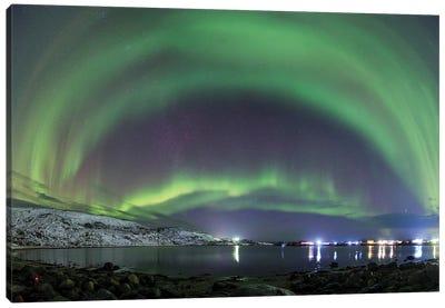 An Aurora Borealis Dances Above The Arctic Ocean From Teriberka, Murmansk, Russia. Canvas Art Print