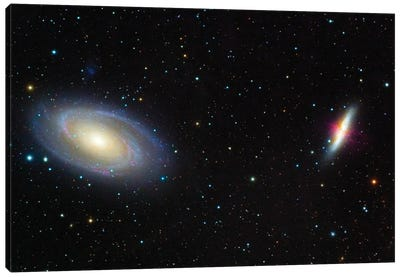 Messier 81, Bode'S Galaxy (Left) And Messier 82, The Cigar Galaxy (Right). Canvas Art Print