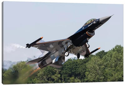 A Royal Netherlands Air Force F-16AM Takes Off At RAF Fairford, England Canvas Art Print