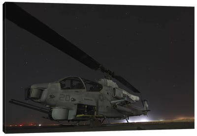 A US Marine Corps Ah-1W Cobra Attack Helicopter Canvas Art Print