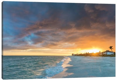 Sunset clouds over the Gulf of Mexico on Sanibel Island in Florida, USA Canvas Art Print