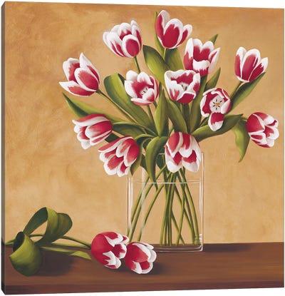 Tulipes dans un vase Canvas Art Print