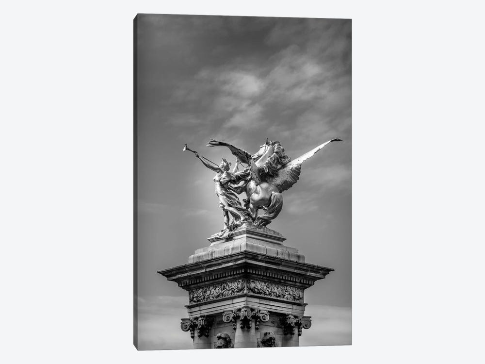 Paris In Black And White Sculpture Detail II by Alexandre Venancio 1-piece Canvas Art