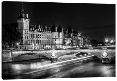 Paris In Black And White Conciergerie Canvas Art Print