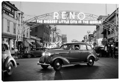 1930s Night Of Arch Over Main Street Reno Nevada Neon Sign The Biggest Little City In The World Canvas Art Print