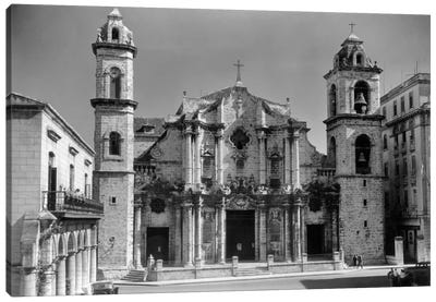 1930s-1940s Columbus Cathedral Built In 1777 Havana Cuba Canvas Art Print