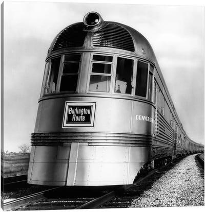 1930s-1940s Engine Head On Of Burlington Route Railroad Streamliner Denver Zephyr Chicago To Denver USA Canvas Art Print