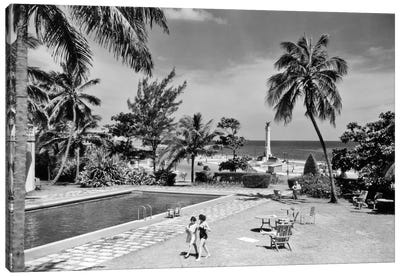 1930s-1940s Swimming Pool National Hotel With View Towards Maine Monument Havana Cuba Canvas Art Print