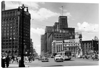 1940s Cadillac Square Detroit Michigan USA Canvas Art Print