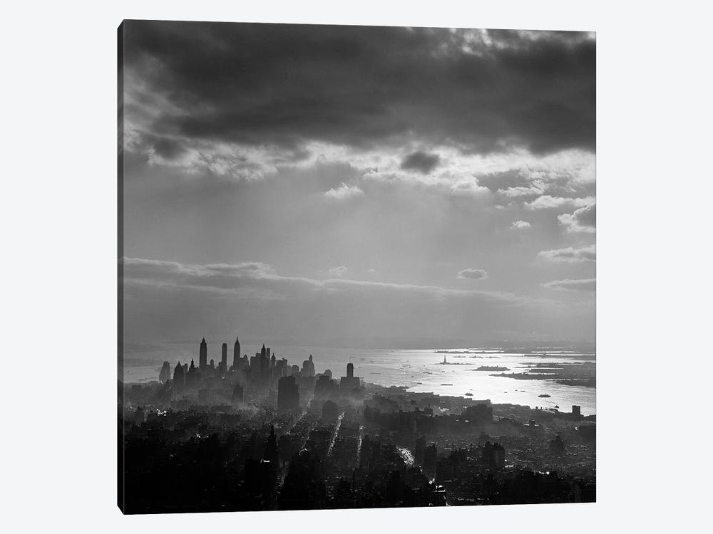 1950s Late Afternoon Light Throws Downtown Manhattan Into Silhouette Sun Reflecting On Bay & Hudson River 1-piece Canvas Artwork
