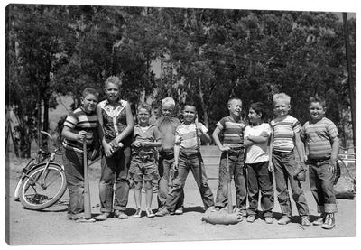 1950s Lineup Of 9 Boys In Tee Shirts With Bats & Mitts Facing Camera Canvas Art Print