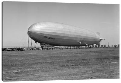 1920s German Rigid Airship Graf Zeppelin D-LZ-127 Moored Being Serviced By Small Crew October 10 1928 Lakehurst New Jersey USA Canvas Art Print