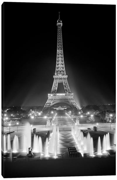 1960s Night Eiffel Tower Across Fountains By Palais du Chaillot Paris Canvas Art Print