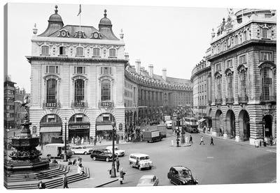 1960s Pedestrians And Cars Moving Around Piccadilly Circus 1819 With A View To The Regent Street Quadrant London England Canvas Art Print
