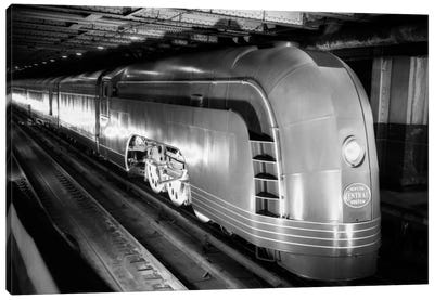1930s Angled View Of New York Central Railroad Streamlined Mercury Passenger Train Steam Engine Canvas Art Print