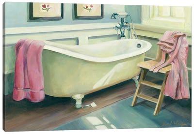 Cottage Bathtub Canvas Print #WAC2602