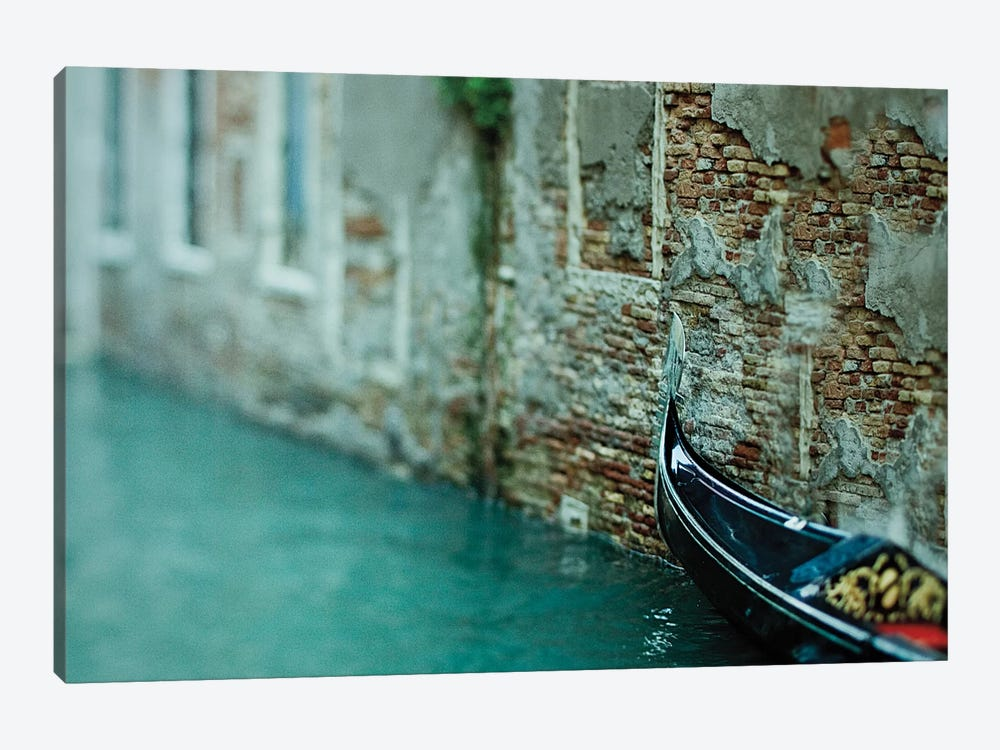 Dreamboat 1-piece Canvas Print