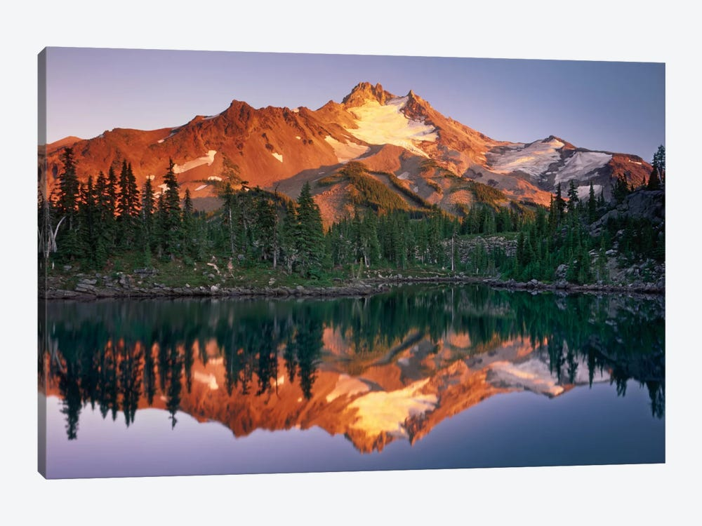Mount Jefferson 1-piece Canvas Art Print