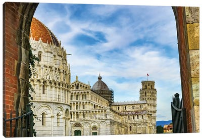 City Gate Of Piazza Del Miracoli With Leaning Tower Of Pisa And Pisa Baptistery Of St. John, Tuscany Italy. Completed In 1300'S. Canvas Art Print