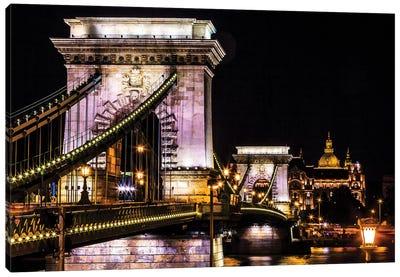 Chain Bridge, St. Stephens. Danube River Reflection, Budapest, Hungary Canvas Art Print