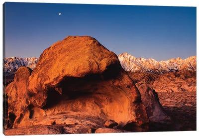 Alabama Hills National Recreation Area, Mt. Whitney, Sierra Nevada Mountain Range, California Canvas Art Print